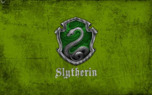 harry_potter_wallpaper_slytherin_by_theladyavatar-d7lm31h.jpg